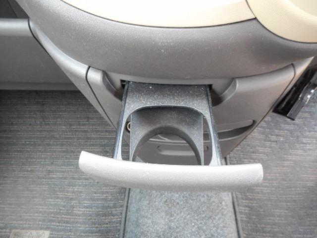トヨタ シエンタ X 両側スライドドア 地デジHDDナビ ミュージックサーバー