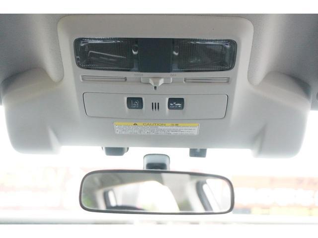 2.0XT アイサイト アイサイトVer3 アドバンスドセイフティPKG LEDヘッドライト ハーフレザーシート Pスタート ダイアトーンナビ バックカメラ パワーバックドア シルバールーフレール XーMODE 18インチ(70枚目)