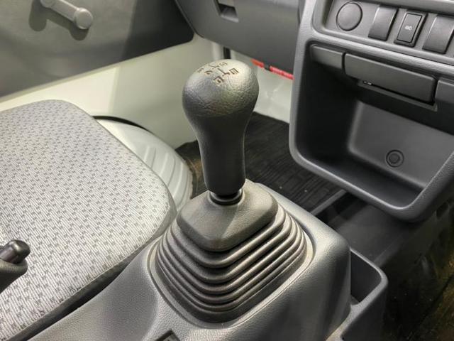 KC アルミホイール パワーステアリング 禁煙車 4WD マニュアルエアコン ユーザー買取車 三方開 エアバッグ 運転席(13枚目)