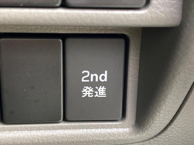 DX 届出済未使用車/ハイルーフ/プライバシーガラス/キーレス/オートギアシフト/エアバッグ 運転席/エアバッグ 助手席/パワーステアリング/FR/マニュアルエアコン 登録/届出済未使用車(11枚目)