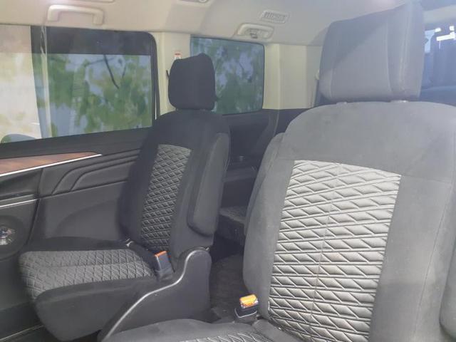 4WD P 純正10インチナビ/フリップダウンモニター/両側パワースライド/LEDヘッドライト/プッシュスタート/純正アルミ 両側電動スライド バックカメラ 後席モニター LEDヘッドランプ 4WD 禁煙車(7枚目)