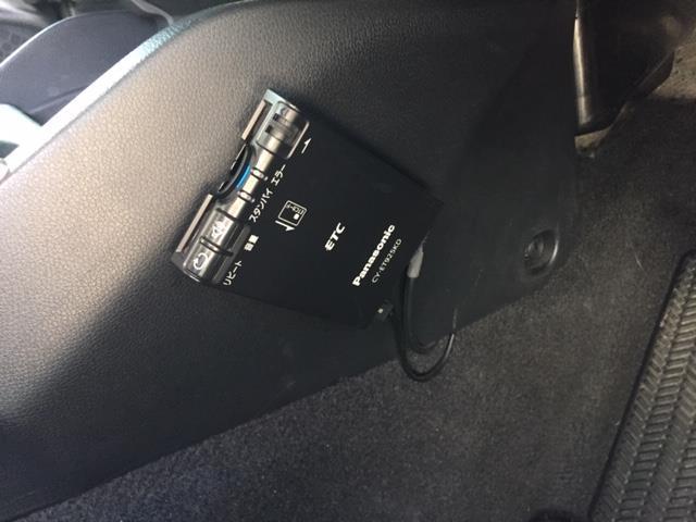 13G・F CMBS 先行車発進お知らせ設定 路外逸脱抑制システム レーンキープアシストシステム 標識認識機能 ABS アイドリングストップ ETC  社外ナビ/DVD/CD/ブルートゥース/USB(5枚目)