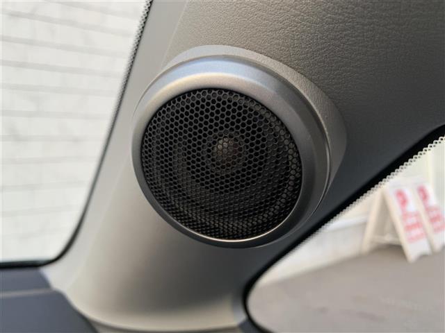 17X ホンダHDDナビ/DVD/ステリモ/ETC/Bカメラ/ハンズフリー機能/前席3人シート/社外15AW/純正Fマット/ベンチシート/ピラートリムスピーカー/リモコンキー(7枚目)