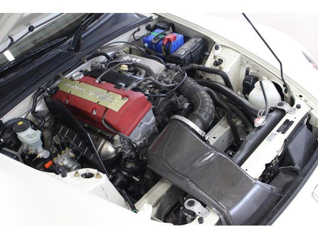 【グーネット出品までの流れ】全国ガリバーグループ店での直接買取仕入車両を中心にGTガレージにストック。入庫車両は出品前に整備士・検査員によるコンディションチェックを実施しています。