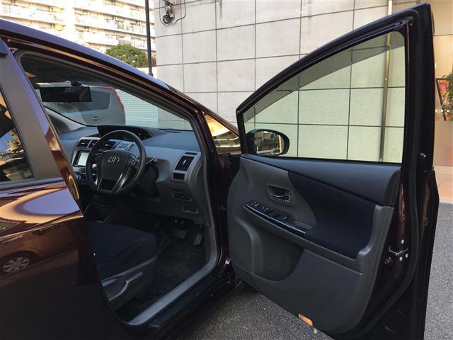 トヨタ プリウスアルファ S チューンブラック ワンオーナー 純正メモリナビ クルコン