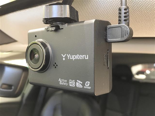 D4 SE ディーゼルエンジン メーカーナビ 前方ドライブレコーダー バックカメラ フルセグテレビ(8枚目)