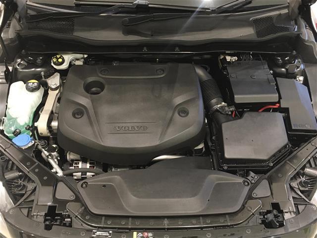 D4 SE ディーゼルエンジン メーカーナビ 前方ドライブレコーダー バックカメラ フルセグテレビ(15枚目)
