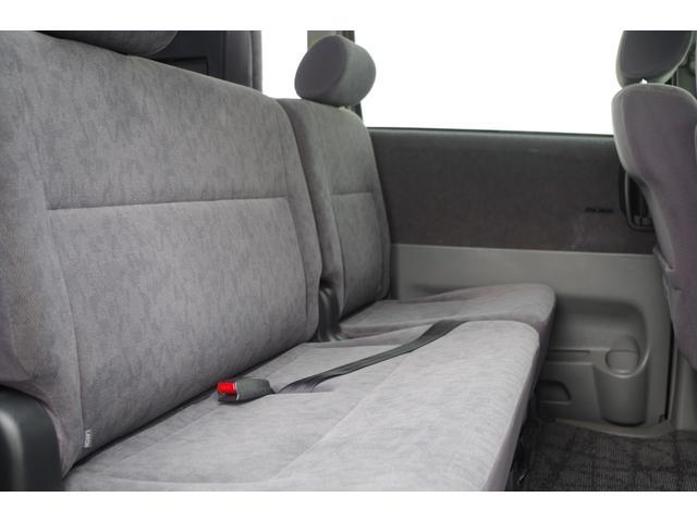 トヨタ ヴォクシー X ワンオーナー 両側スライド  3列シート