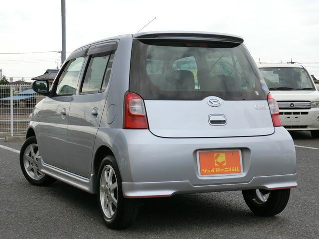 カスタム 5MT HDDナビ(カロッツェリア) 地デジ DVD(走行中視聴可) Bluetooth ミュージックサーバー ETC Wエアバッグ プライバシーガラス 電動格納ミラー タイミングチェーン車 禁煙車(3枚目)