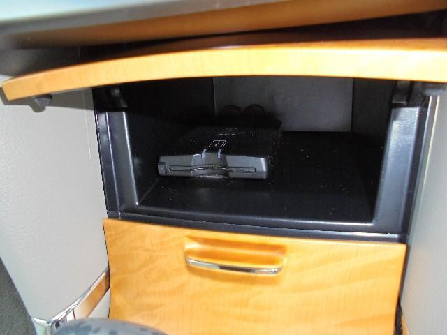 A15G-PKGスタイリッシュED DVDナビ ワンオーナー(9枚目)