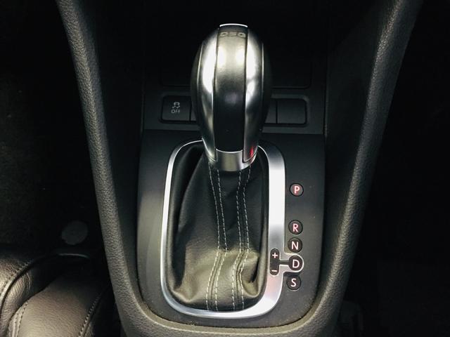 【シフトノブ】シフトも操作しやすく快適なドライブを楽しんでいただけます♪