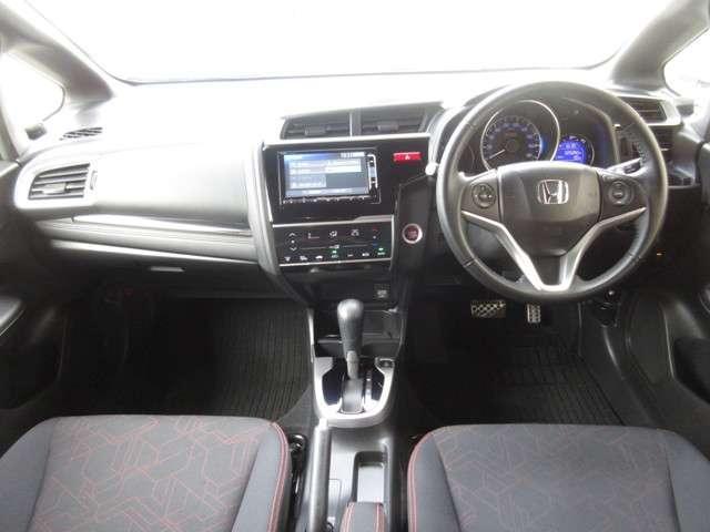 RS 純正メモリーナビ 衝突軽減ブレーキ 7スピードパドルシフト Bluetooth フルセグTV Rカメラ LEDヘッドライト サイドカーテンエアバック 純正16インチアルミホイール ワンオーナー 禁煙車(10枚目)