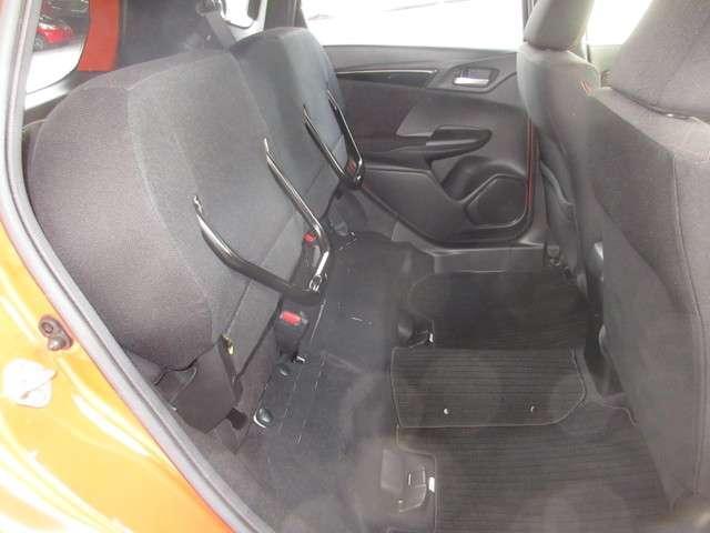 RS 純正メモリーナビ 衝突軽減ブレーキ 7スピードパドルシフト Bluetooth フルセグTV Rカメラ LEDヘッドライト サイドカーテンエアバック 純正16インチアルミホイール ワンオーナー 禁煙車(17枚目)