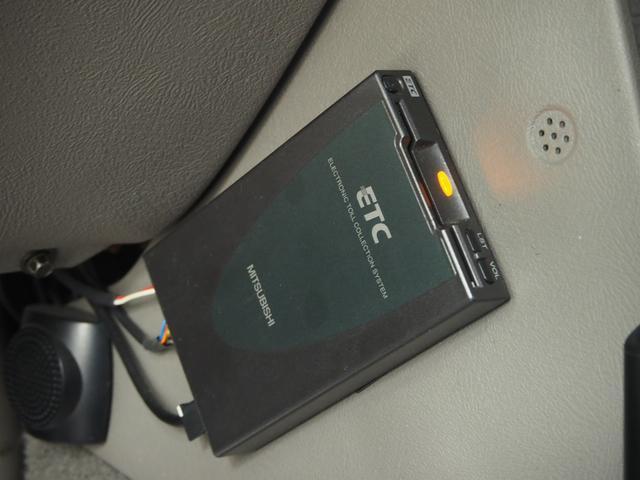 GMC GMC ユーコン デナリXL HDDナビ 地デジ 後席モニター 24インチAW