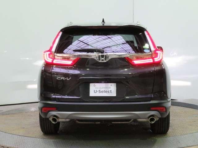 このクルマはメーカー保証期間内ですので新車一般保証 特別保証を継承いたします(一般保証は新車登録月から3年間または走行60000kmまで 特別保証は新車登録月から5年間または100000kmまで)