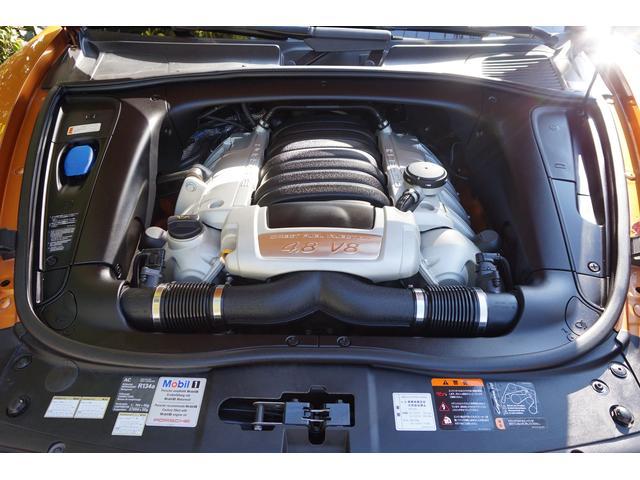 ポルシェ ポルシェ カイエン GTS ティプトロニックS 4WD 左H