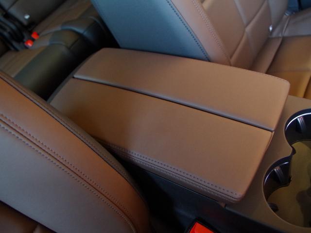 「シトロエン」「シトロエン C5エアクロス」「SUV・クロカン」「愛知県」の中古車30