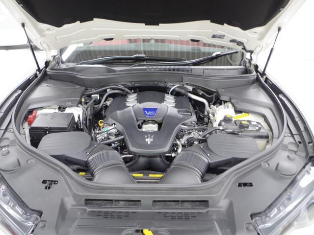 「マセラティ」「レヴァンテ」「SUV・クロカン」「兵庫県」の中古車50