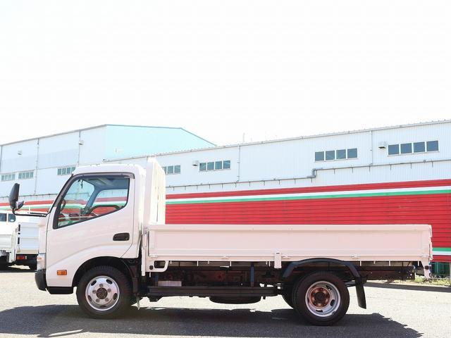 セミロングフルジャストロー 4WD 2000キロ積載 全低床 平ボディ かるがるゲート 5MT 左電格ミラー 荷台内寸357-180-38 スペアキー2本 アシストアイドルアップ 最大積載量2000キロ 車両総重量4865キロ(9枚目)