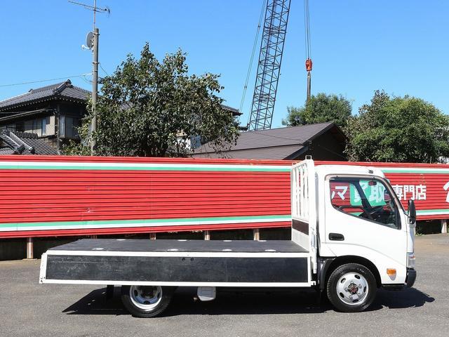 セミロングフルジャストロー 4WD 2000キロ積載 全低床 平ボディ かるがるゲート 5MT 左電格ミラー 荷台内寸357-180-38 スペアキー2本 アシストアイドルアップ 最大積載量2000キロ 車両総重量4865キロ(13枚目)