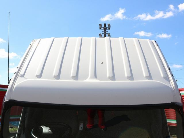 セミロングフルジャストロー 4WD 2000キロ積載 全低床 平ボディ かるがるゲート 5MT 左電格ミラー 荷台内寸357-180-38 スペアキー2本 アシストアイドルアップ 最大積載量2000キロ 車両総重量4865キロ(20枚目)