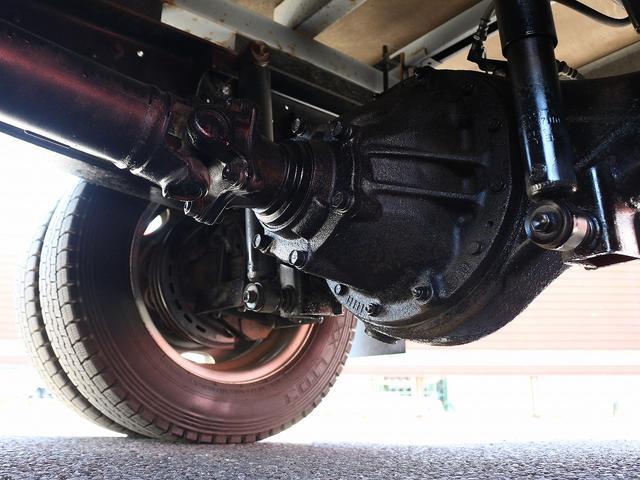 セミロングフルジャストロー 4WD 2000キロ積載 全低床 平ボディ かるがるゲート 5MT 左電格ミラー 荷台内寸357-180-38 スペアキー2本 アシストアイドルアップ 最大積載量2000キロ 車両総重量4865キロ(22枚目)