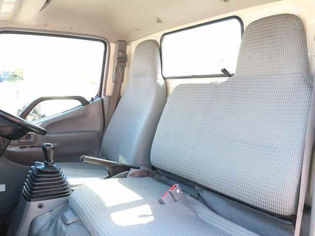 セミロングフルジャストロー 4WD 2000キロ積載 全低床 平ボディ かるがるゲート 5MT 左電格ミラー 荷台内寸357-180-38 スペアキー2本 アシストアイドルアップ 最大積載量2000キロ 車両総重量4865キロ(44枚目)