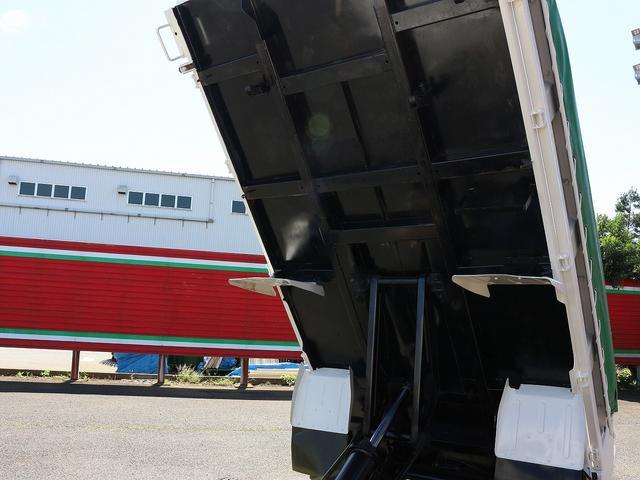 全低床強化ダンプ 4WD 2トン フルジャストロー 強化ダンプ コボレーン付 5MT リーフサス STタイヤ スペアキー ETC 新明和DR2-0110SY 最大積載量2000キロ 車両総重量5235キロ(25枚目)