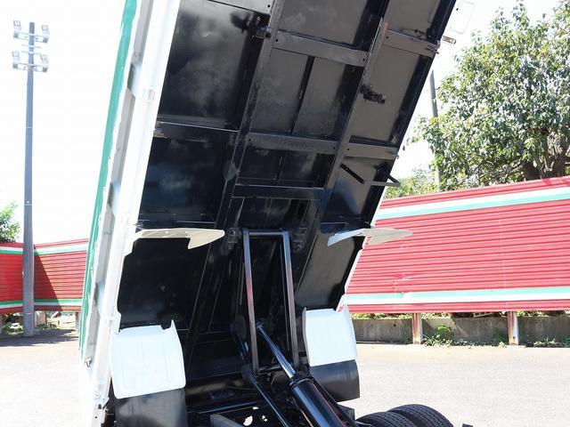 全低床強化ダンプ 4WD 2トン フルジャストロー 強化ダンプ コボレーン付 5MT リーフサス STタイヤ スペアキー ETC 新明和DR2-0110SY 最大積載量2000キロ 車両総重量5235キロ(26枚目)
