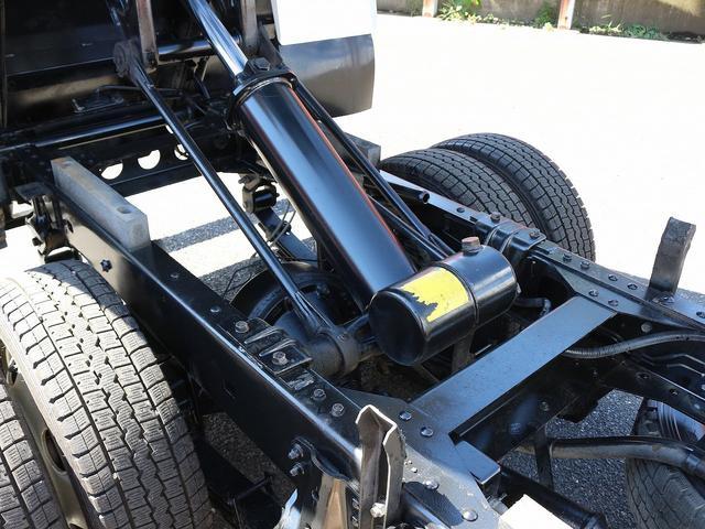 全低床強化ダンプ 4WD 2トン フルジャストロー 強化ダンプ コボレーン付 5MT リーフサス STタイヤ スペアキー ETC 新明和DR2-0110SY 最大積載量2000キロ 車両総重量5235キロ(27枚目)