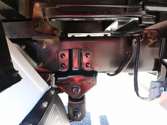 全低床強化ダンプ 4WD 2トン フルジャストロー 強化ダンプ コボレーン付 5MT リーフサス STタイヤ スペアキー ETC 新明和DR2-0110SY 最大積載量2000キロ 車両総重量5235キロ(30枚目)