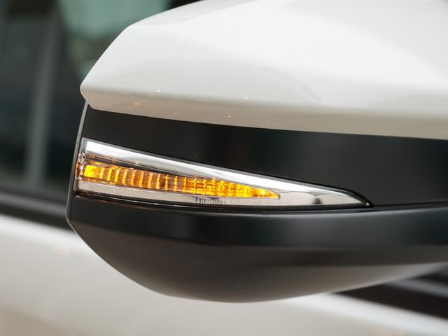 X 登録済未使用車 トヨタセーフティーセンス ウィンカーミラ(12枚目)