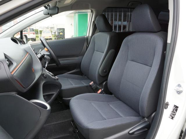 【 運転席 / 助手席 】上級ファブリックシートは優しい肌触りです!