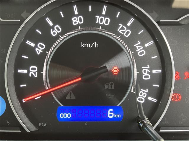 ZS 煌II トヨタセーフティーセンス・衝突軽減ブレーキ・LED・PKSB・クリアランスソナー・両側パワースライド・車線逸脱防止装置・リアオートエアコン・左右独立温度操作エアコン・オートマハイビーム(29枚目)