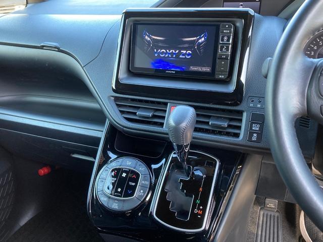 ZS トヨタセーフティセンス 衝突軽減 フリップダウンモニター アルパイン7型ナビ 両側電動ドア クルーズコントロール オートマチックハイビーム ETC バックカメラ LEDライト LEDフォグ(4枚目)