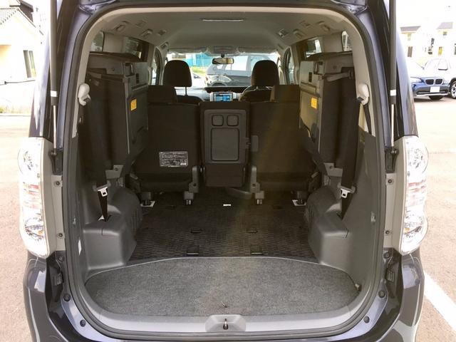 トヨタ ヴォクシー ZS 4WD 両パワ 純正ナビ Bカメラ HID