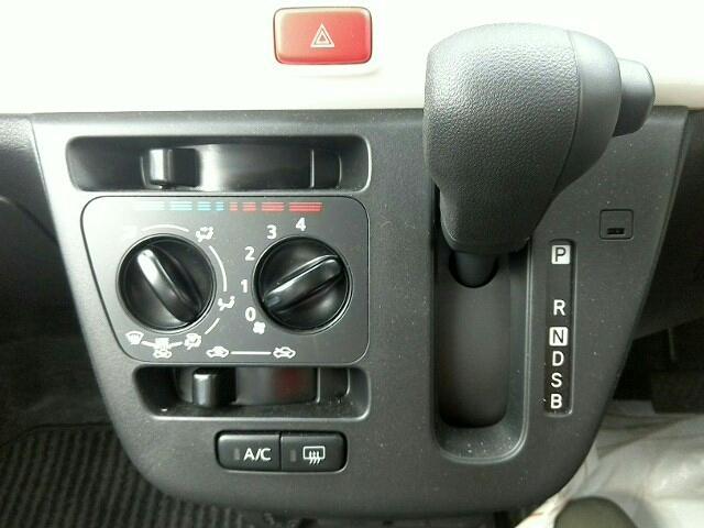X SA III デザインフィルムトップ 4WD(14枚目)