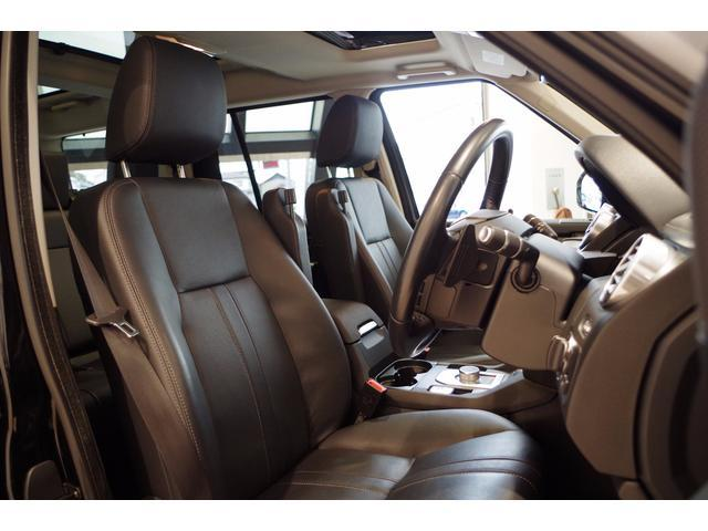 ランドローバー ランドローバー ディスカバリー SEブラックデザインP 黒革シート 副変速機付トランスファー