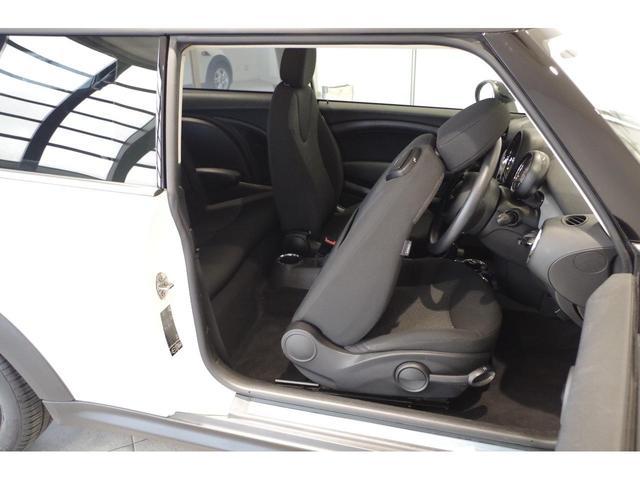 「MINI」「MINI」「コンパクトカー」「山梨県」の中古車8