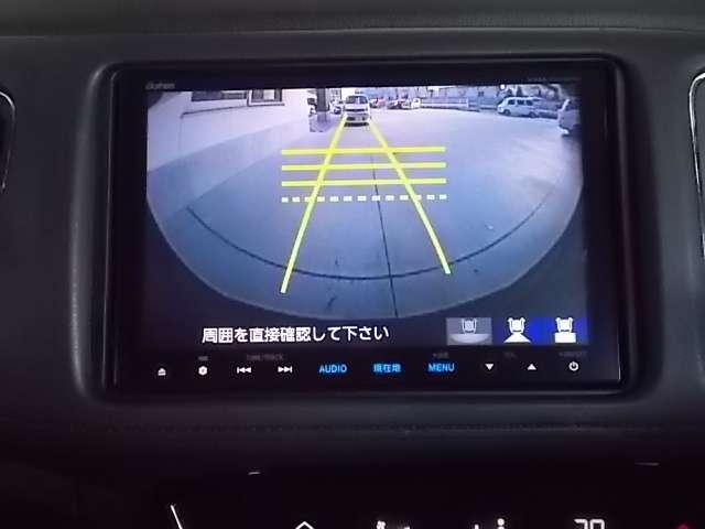 嬉しいリアカメラももちろん装着されておりますよ!リバース連動で自動的にモニターが切り換わります♪ガイド線も表示して車庫入れをサポートしてくれます♪