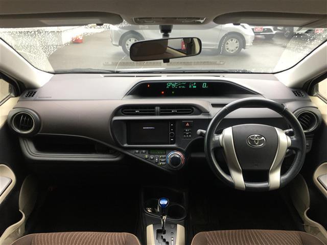 G 社外SDナビ フルセグTV バックカメラ ETC LEDヘッドライト オートライト 前席シートヒーター 電動格納ミラー ドアバイザー プッシュスタート スマートキー2個(4枚目)