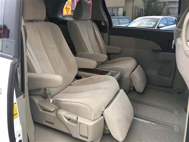 トヨタ エスティマ アエラスG-ED 4WD HDDナビ Bカメ フリップダウン