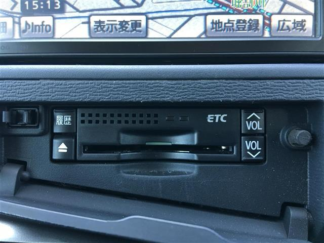 トヨタ アイシス プラタナ/純正HDDナビ・バックカメラ・ETC