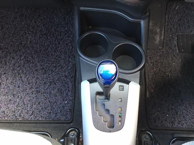 トヨタ アクア L メモリナビ フルセグ ETC キーレス CDオーディオ