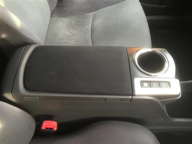 トヨタ プリウスアルファ S ツーリングセレクション HDDナビ Bカメラ ワンセグ