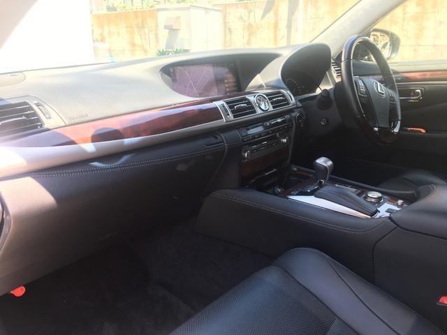 600h バージョンC Iパック 4WD SR 黒革 マルチ(18枚目)