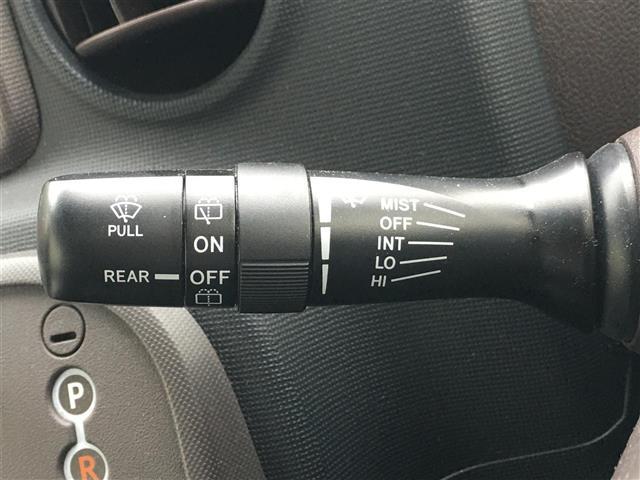 Y 純正メモリナビ/Bカメラ/ETC/リモコンキー/ステアリングリモコン/アイドリングストップ/横滑り防止装置/ヘッドライトレベライザー/ウィンカーミラー/2列目チップアップシート/フロアマット(11枚目)