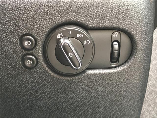 クーパーS 純正ナビ/Bluetooth/MSV/AM/FM/USB/オートワイパー/ETC/アイドリングストップ/ミニドライビングモードセレクター/純正ホイール(10枚目)