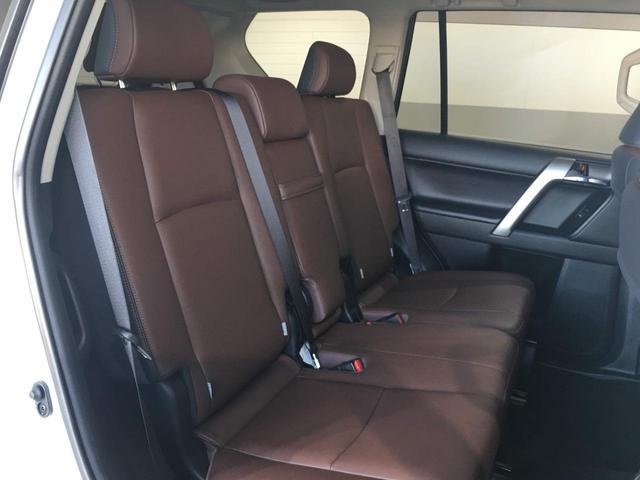 トヨタ ランドクルーザープラド TXLパッケージG-フロンティア サンルーフ 革シート 7人