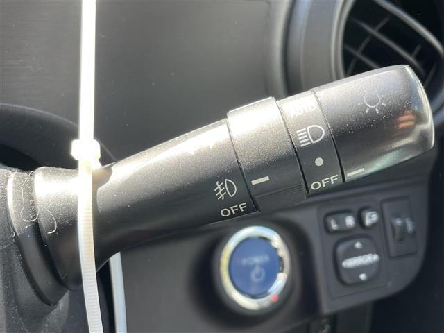 S 純正SDナビ/フルセグ/Bluetooth/バックカメラ/スマートキー/フォグランプ/オートライト(21枚目)